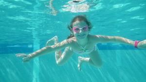Apprentisage des techniques de nage. Cours individuels ou petits collectifs.